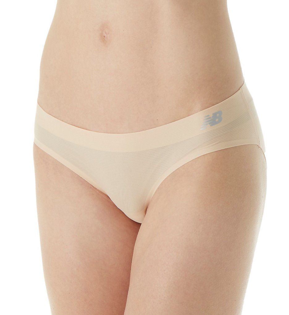 New Balance NB1066 Breathe NB Dry Hipster Panty (Nude)